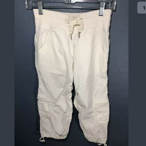 Lululemon Jogger pants crop size 4 white